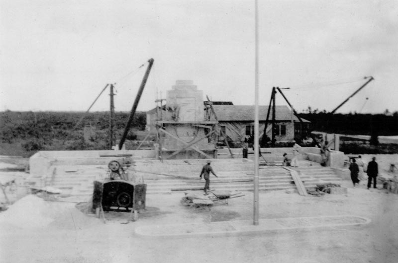 Construction of the monument